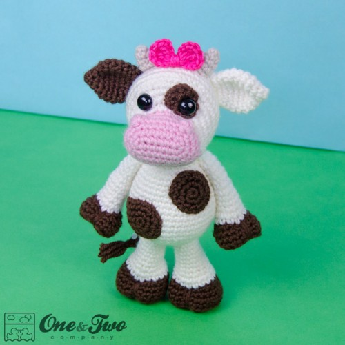 Free Crochet Pattern For Cow Hat : Doris the Cow Amigurumi Crochet Pattern
