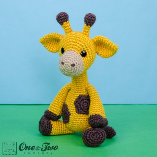 Geri the Giraffe Amigurumi Crochet Pattern