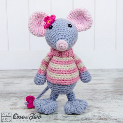 Heart & Sew: Ballerina Mouse - Free Crochet / Amigurumi Pattern | 500x500