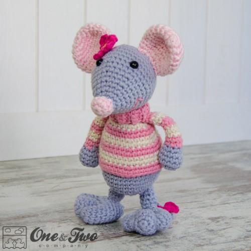 Free Amigurumi Mouse Pattern : Emily the mouse amigurumi crochet pattern