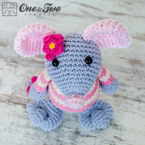 Free Amigurumi Pattern Little Girl Kate : Emily the Mouse Amigurumi Crochet Pattern
