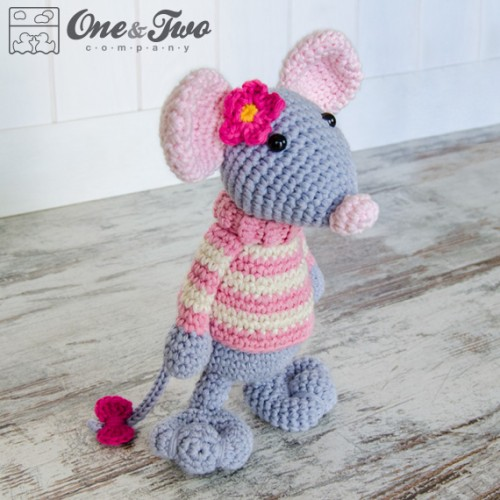 Amigurumi Patterns Free Mouse : Emily the Mouse Amigurumi Crochet Pattern