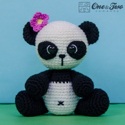 Amigurumi Panda Au Crochet : Zhen the Panda Lovey and Amigurumi Crochet Patterns Pack