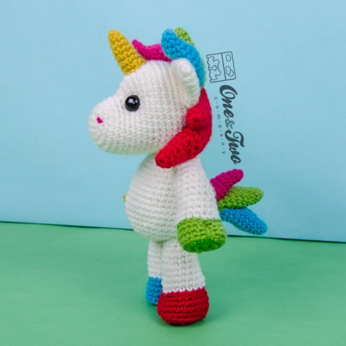 Amigurumi Unicorn Anleitung : Nuru the Unicorn Amigurumi Crochet Pattern