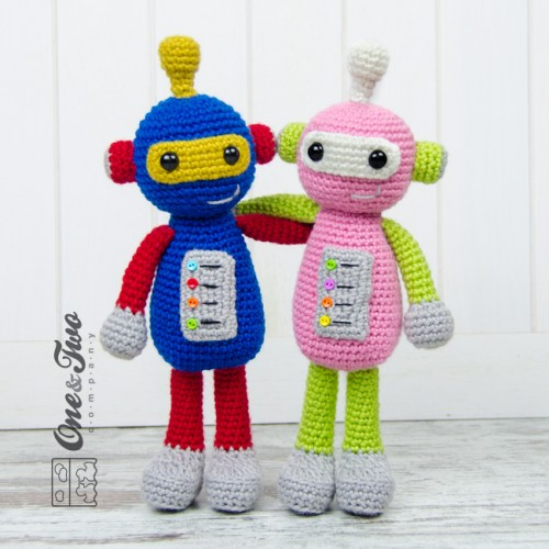 Amigurumi Robot Crochet Patterns : Robby the Robot Amigurumi Crochet Pattern