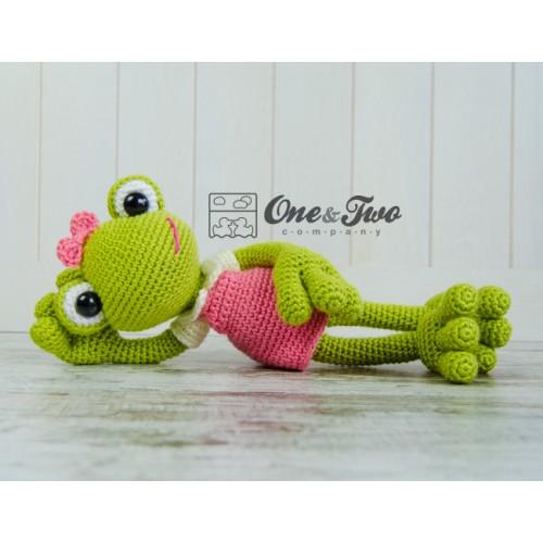 Amigurumi Green Frog : Kelly the Frog Amigurumi Crochet Pattern