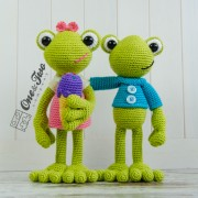 Kelly the Frog Amigurumi Crochet Pattern