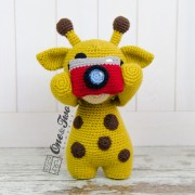 "Kenny the Little Giraffe ""Little Explorer Series"" Amigurumi Crochet Pattern"