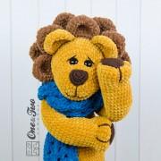 "Elliot the Big Lion ""Big Hugs Series"" Amigurumi Crochet Pattern"