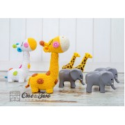 Bernie the Giraffe - Quad Squad Series Amigurumi Crochet Pattern - Dutch Version