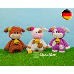 "Clotilde the Little Cow ""Little Explorer Series"" Amigurumi Crochet Pattern - German Version"