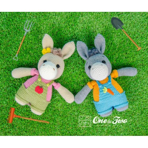 Amazon.com: GulizarCraft | Donkey Handmade Amigurumi Crocheted Toy ... | 500x500