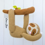 Stella the Sloth Amigurumi Crochet Pattern - English, Dutch, German, Spanish, French