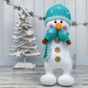 Sky the Happy Snowman Amigurumi Crochet Pattern - English, Dutch, German, Spanish, French