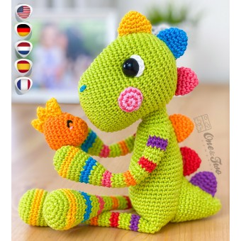 Chipper the Rainbow Dino Amigurumi Crochet Pattern - English, Dutch, German, Spanish, French