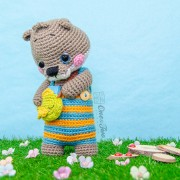 Ori the Otter Amigurumi Crochet Pattern - English, Dutch, German, Spanish, French