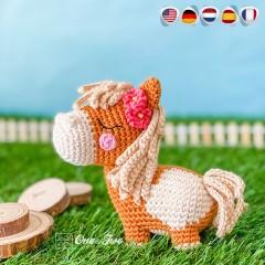 Harper the Horse - Quad Squad Series Amigurumi Crochet Pattern - English, Dutch, German, Spanish, French