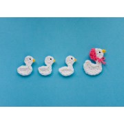 Mom Duck and her Ducklings Applique Crochet