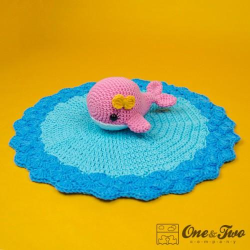 Free Crochet Whale Baby Blanket Pattern : Willa the Whale Security Blanket Crochet Pattern