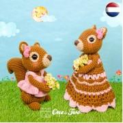 Suki the Squirrel Lovey and Amigurumi Crochet Patterns Pack - Dutch Version