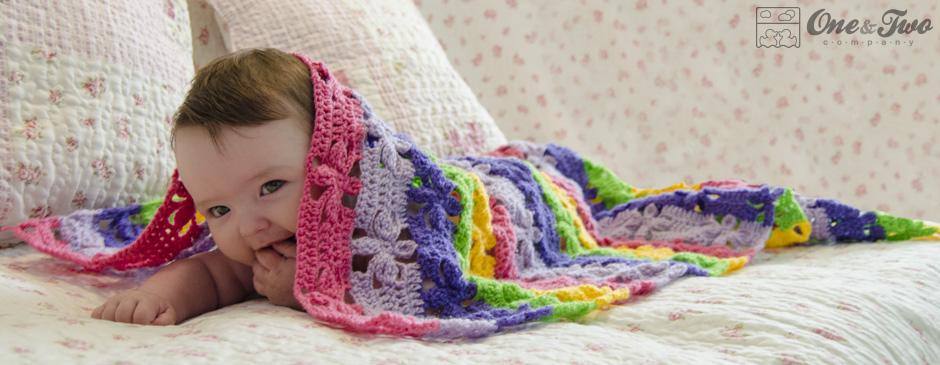 Mantita de bebé ( está en ingles) Spring_flowers_blanket_crochet_pattern_big